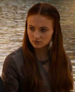 Sansa S3E1 New Moth Necklace 2